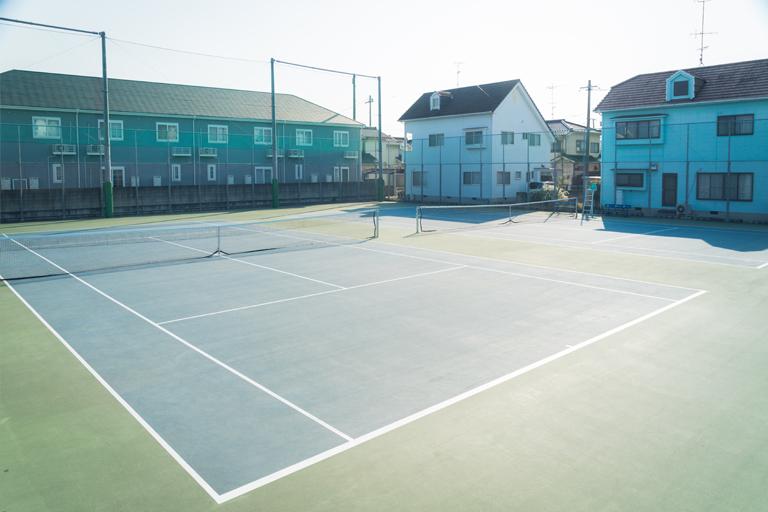 校外テニスコート